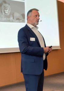 Leadership Vortrag: Führungskräfte von Keynote über moderne Mitarbeiterführung begeistert
